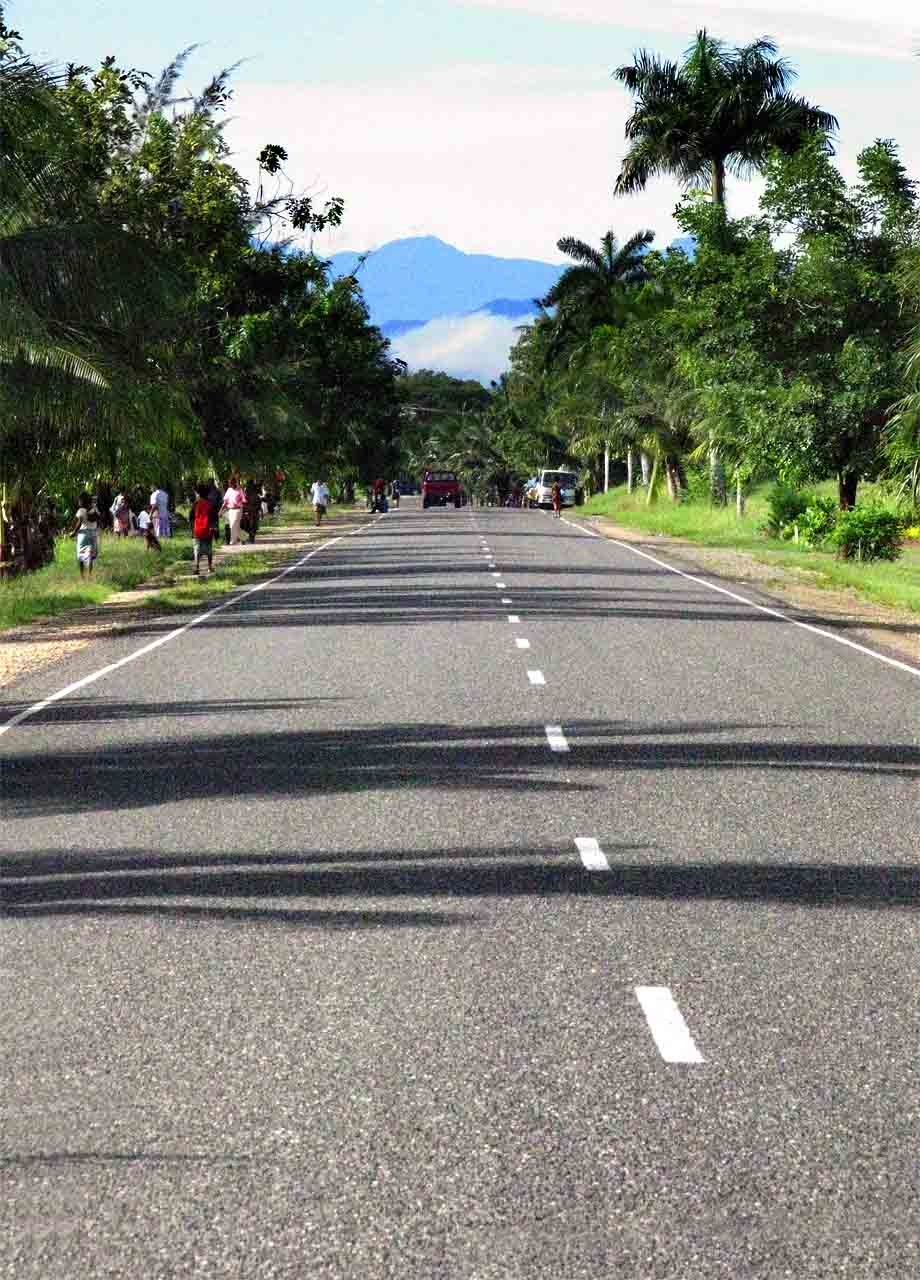 Airport Road, Madang