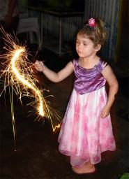 Holly, the sparkler artist