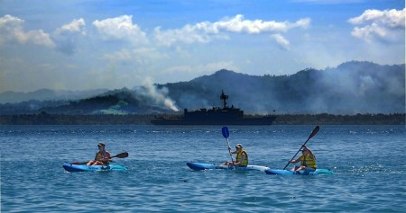 Kayakers from HMAS Kanimbla