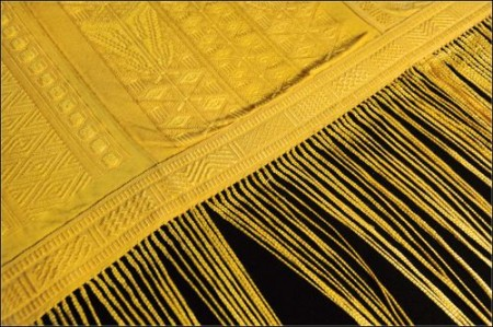 The Amazing Spider Carpet from Lamba Weaving in Madagascar (Image: AMNH/R.Mickens)