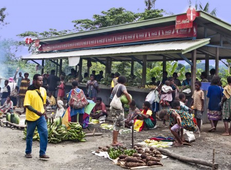 A market on the way to Usino