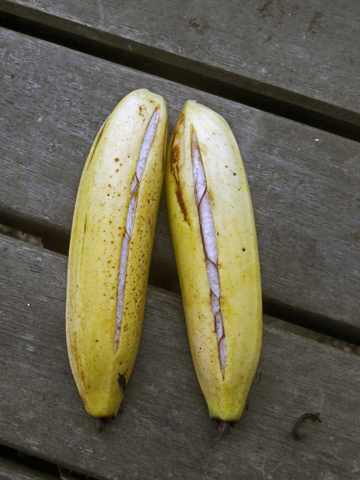 Banana Split Yellow Cake Recipe