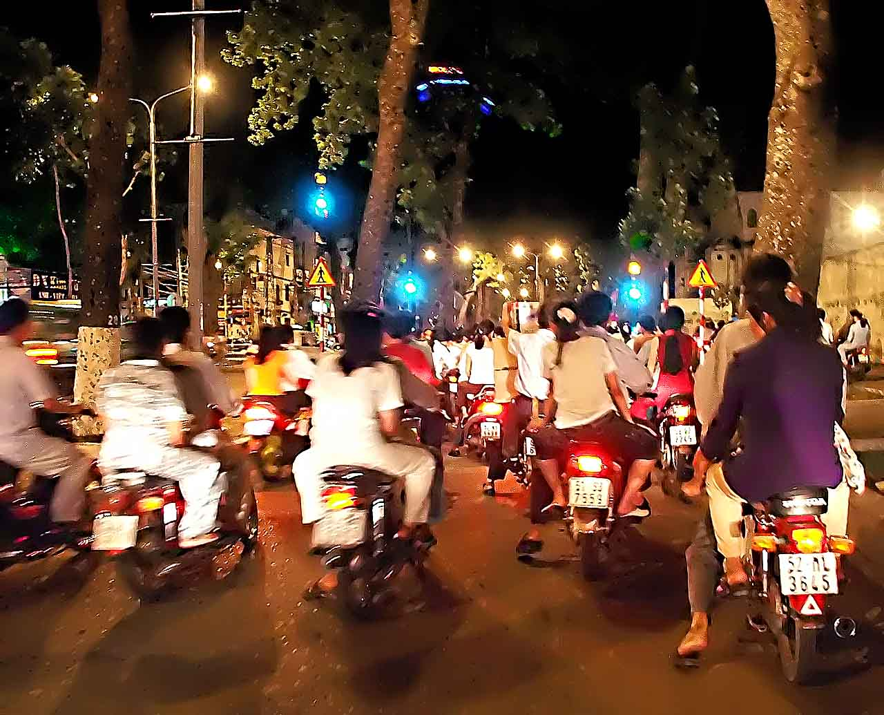 The motorbike brigade on night maneuvers - Siagon